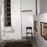 tala_room_with_chair